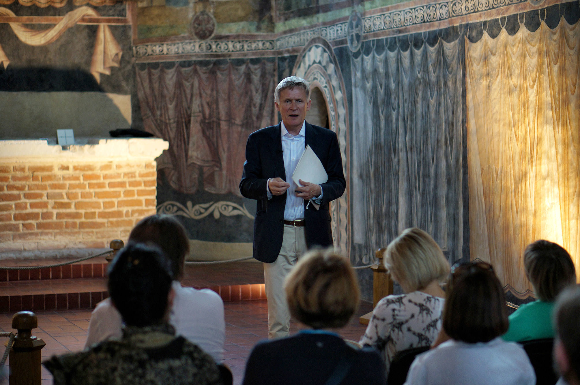 Wykład w kaplicy Trójcy Świętej prowadzi dr Andrzej Frejlich